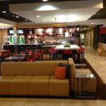 Dinning and bar in in the lobby area