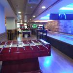 Games room/bowling alley