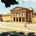 Art Gallery of New South Wales nearby within walking distance