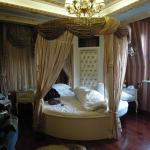 The Golden Horn Hotel resmi