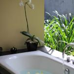 Photo de Kayumanis Nusa Dua Private Villa & Spa