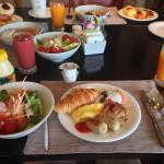 Breakfast at Executive Lounge on 30F, Aug 2014