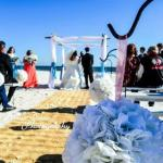 beautiful beach wedding at the Best Western on the Beach