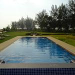 Great Pool, short walk to the beach