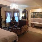 Churchill Manor Bed and Breakfast Foto