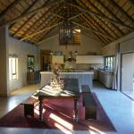 Main Lodge, Dining area and kitchen