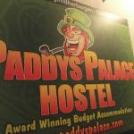 Photo de Paddy's Palace Belfast