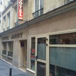Photo de Jarry Hotel