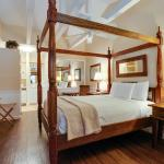 Each room at Lemon Tree Inn has a tropical feel