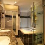 Hotel Belvedere Grindelwald: Badezimmer der Suite Eiger | Bathroom of the Suite Eiger