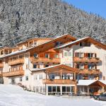 Photo de Hotel Les Alpes