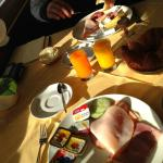 Delicious + fresh breakfast with a nice view on the lake.