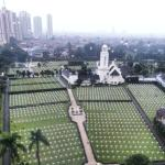 Very peaceful view of the Rumah Makam Inggris from the 11th Floor of Parklane Hotel