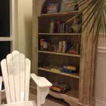 Books and board games available in the lobby to borrow. Nice oversized chairs for reading; table