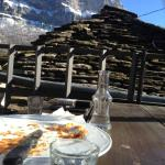 lunch with the view to the mountain over Astra Inn