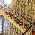 Magnificent Wallpaper on the staircase