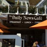 The daily News patio entrance [MWYoung Photo]