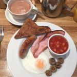 Full English Breakfast & Hot Chocolate