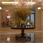 King George A Luxury Collection Hotel resmi
