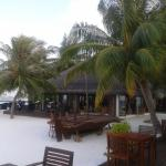 Photo de Vakarufalhi Island Resort