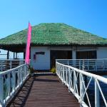Stilts Calatagan Beach Resort의 사진