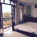 Superior bedroom with river view