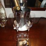Bubbly and chocs on arrival (may contain ants!!)