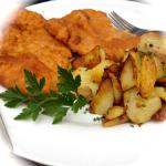 Lunch = Snitzel & fried potatoes
