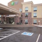 Photo de Holiday Inn Express & Suites Page