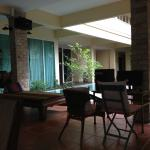Feung Nakorn Balcony Rooms & Cafe Foto