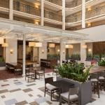 We've put a modern twist on the classic Embassy Suites atrium, with comfortable seating and plen