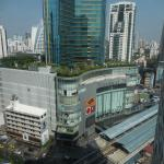 View from the elevator area on Sukhumvit road and Terminal 21
