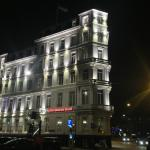 The building of the hotel by night (March1015)