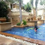 private n quiet pool at Basakor Wing..