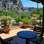 Balcony for Double Room with Meteora View