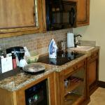 Stove, microwave and sink in suite (I put iron there)