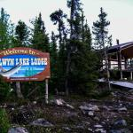 Selwyn Lake Lodge