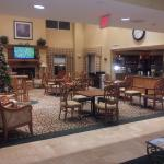 Another shot of dining area & lobby
