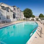 Photo of Country Inn & Suites By Carlson, Chattanooga at Hamilton Place Mall, TN