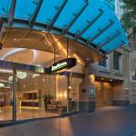 Radisson Hotel And Suites Sydney