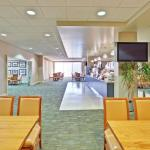 Photo of Holiday Inn Express Chicago O'Hare