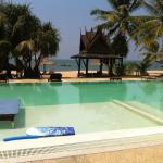 Foto de C&N Kho Khao Beach Resort