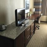 Photo de DoubleTree by Hilton Hotel St. Louis - Westport