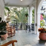 Beautiful front porch area..