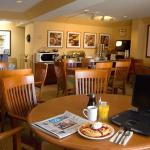 Photo de Phoenix Inn Suites South Salem