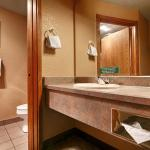 Photo de BEST WESTERN PLUS Bayshore Inn