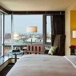 Photo de Nine Zero Hotel - a Kimpton Hotel