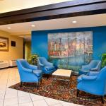 Foto de BEST WESTERN Inn & Suites At Discovery Kingdom