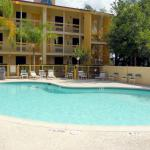 Photo of La Quinta Inn The Woodlands North