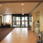Photo of La Quinta Inn & Suites Chicago Tinley Park